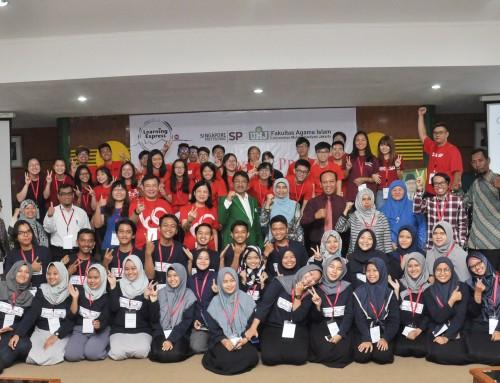 Mahasiswa UM Jakarta dan Singapore Terjun Bareng Ke Masyarakat