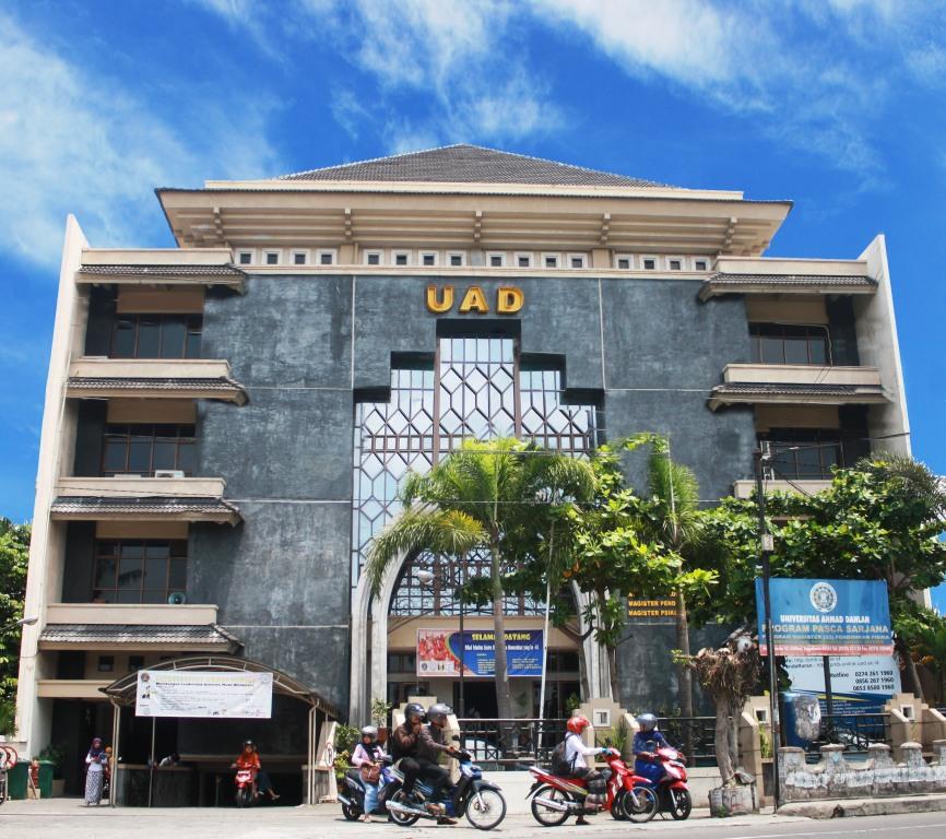 UAD Kampus Swasta Terbaik Indonesia 2018