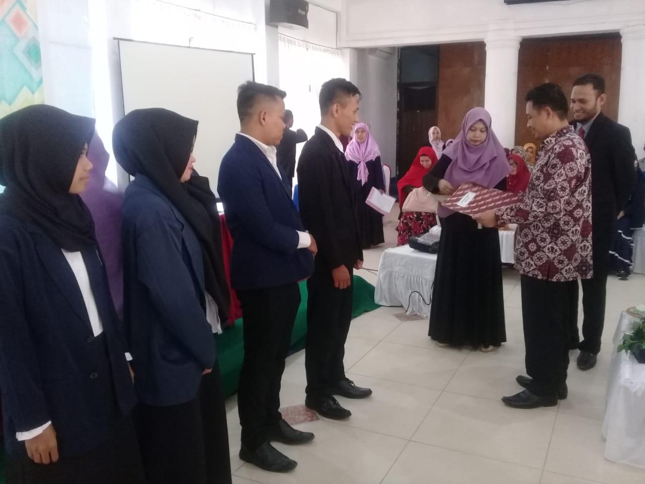 254 Mahasiswa FKIP UM Kendari Dikukuhkan Sebagai Sarjana Pendidikan.