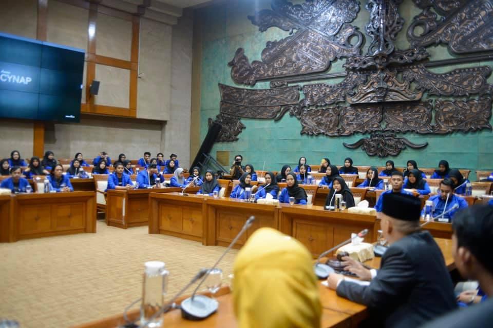Mahasiswa UMMI Jadi Legislator Senayan Sehari