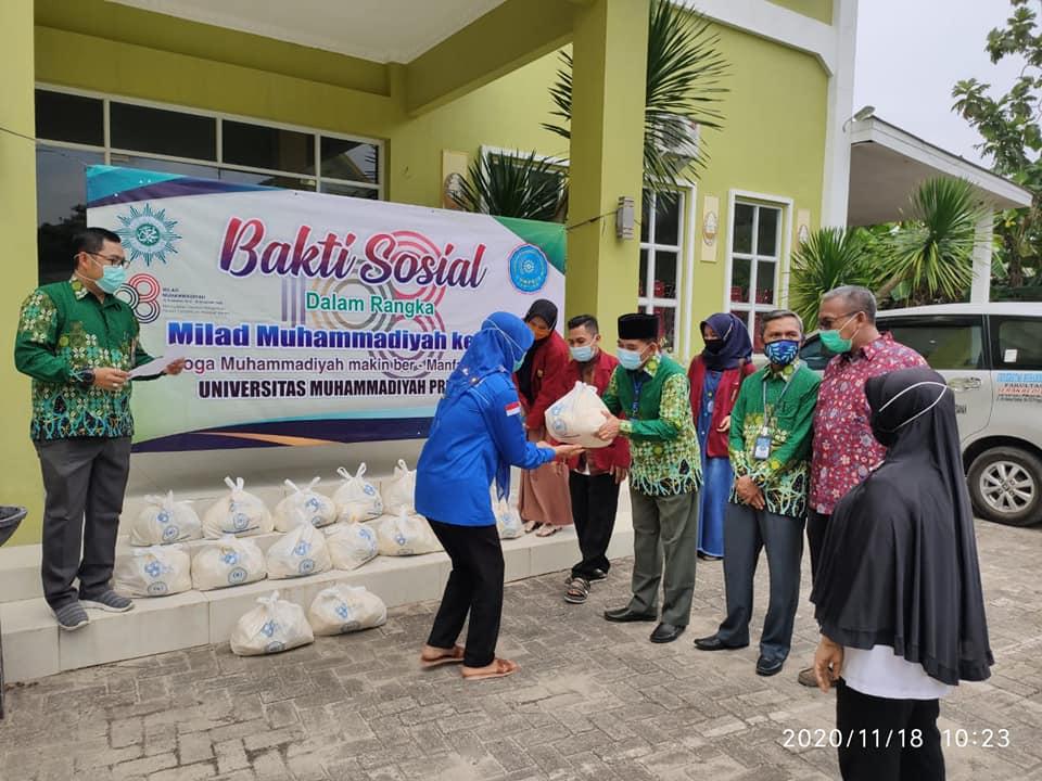 UMPRI Bagikan Sembako Rayakan Milad 108 Muhammadiyah