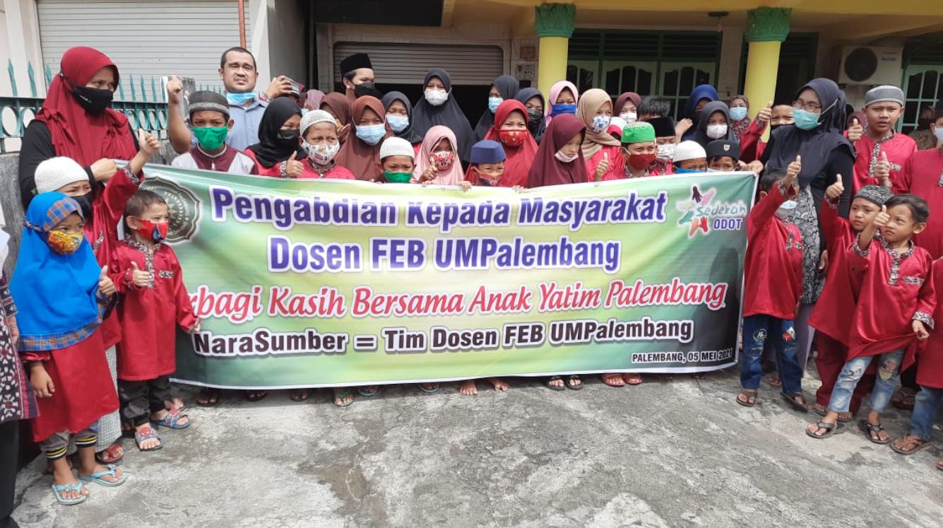 Pembagian Sembako UM Palembang sebagai Wujud Kepedulian Sosial
