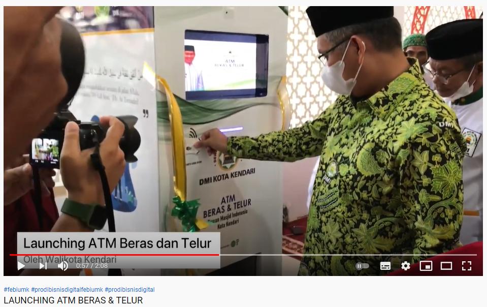 FEBI UM Kendari Luncurkan ATM Beras dan Telur