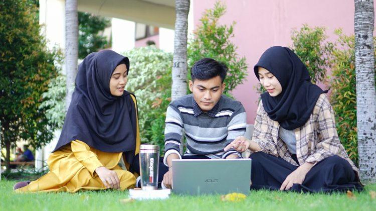 UM Surabaya Sediakan Beasiswa bagi Anak Yatim Piatu Korban Covid-19