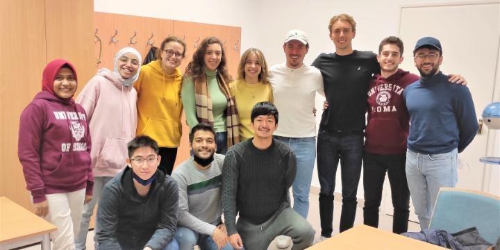 Dosen STIKES Maboro Kuliah S-3 di Hungaria Sambil Mengajar di Dua Negara